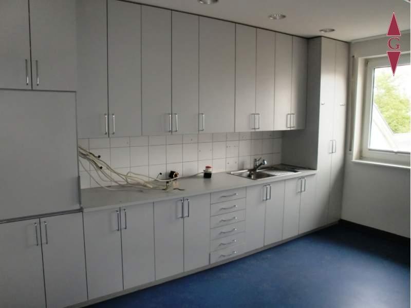 2-585 Laborküche