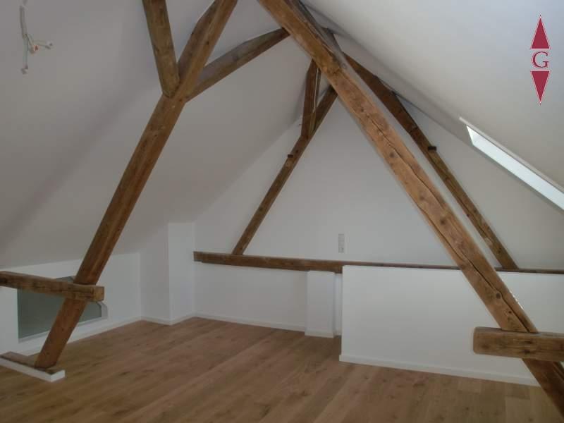 2-693 Dachstudio