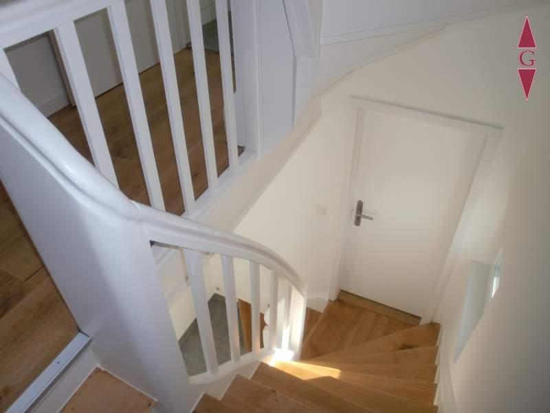 2-693 Treppenaufgang