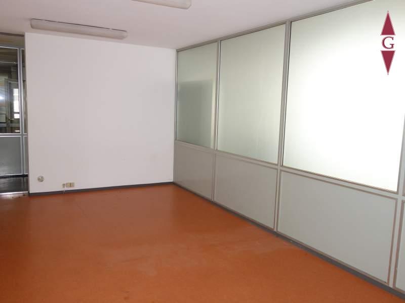 Raum 2 (Büro)