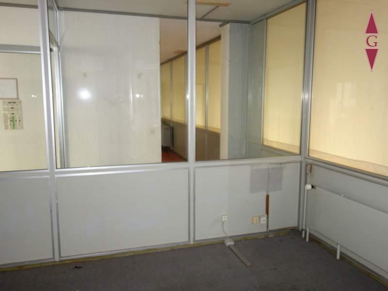 Raum 6 (Büro)