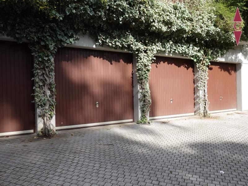 1-468 Garage