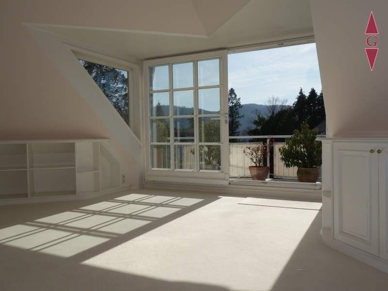 1-467 Wohnzimmer_Balkon2