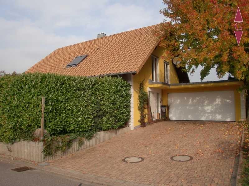 1-368 Hofeinfahrt