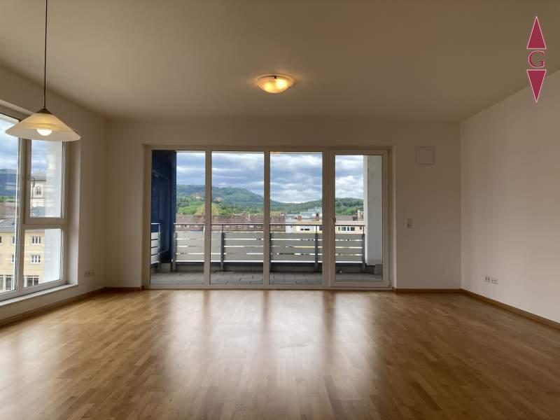 2-772 Wohnzimmer (2)