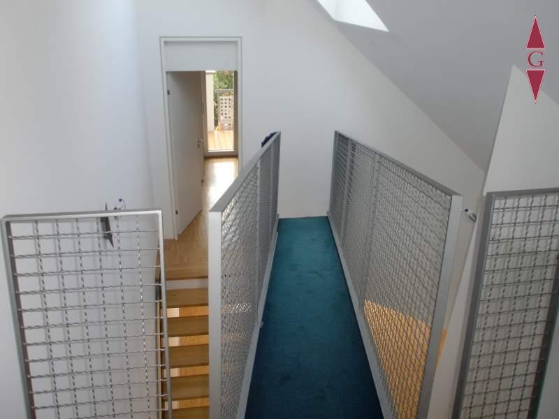 2-639 Zugang Dachzimmer