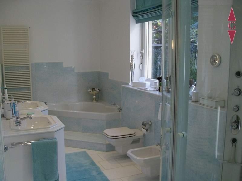 1-355 Badezimmer