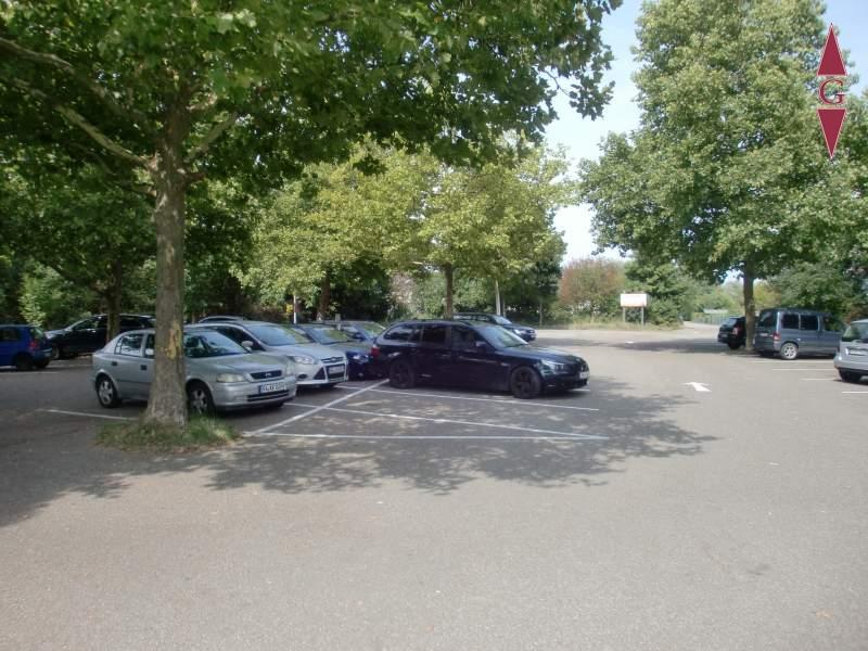 1-421 Parkplatz